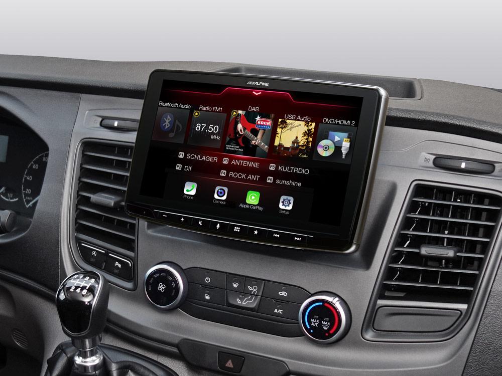 Alpine iLX-F903TRA Autoradio für Ford Transit Custom mit 9-Zoll-Touchscreen 1-DIN-Einbaugehäuse, DAB+, Apple CarPlay und Android Auto Unterstützung