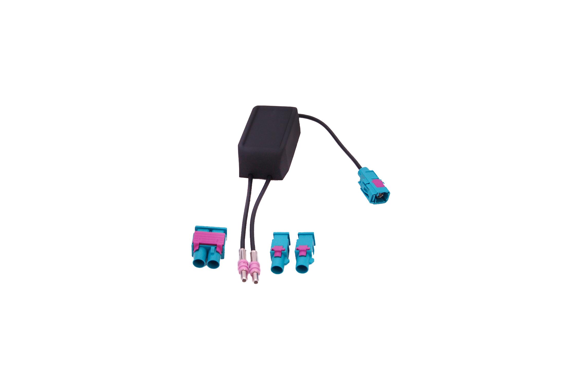 RTA 204.087-0 adattatore DIVERSITÀ per veicoli a 2 radio AM / FM con Antennan su un solo ingresso antenna